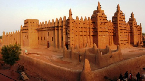 Laa Ilaha illa Allah (لااله الا الله) Bergemuruh di Afrika